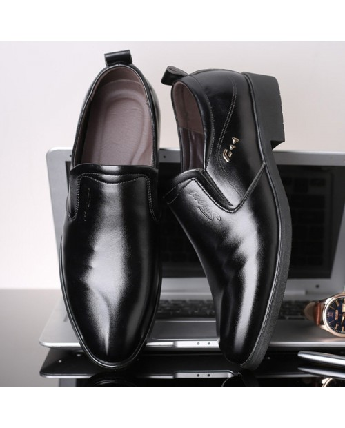 Large Size Men Leather Slip Resistant Business Formal Dress Shoes